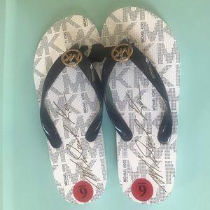 Michael Kors flip flops, brand new size 6